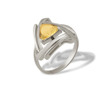 Trillion-cut Citrine Ring. 925 Hypoallergenic Silver