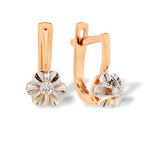 Timeless Design Diamond Earrings
