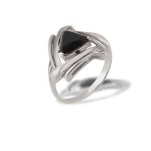 Trillion-cut Black Onyx Ring. 925 Hypoallergenic Silver