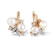 Vintage Style Pearl and Diamond Earrings. 585 (14kt) Rose and White Gold