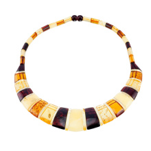 Royal Design Amber Necklace