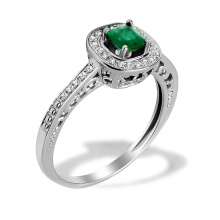 Emerald and Diamond Scrollwork Ring. 585 (14K) White Gold