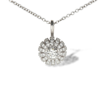 Certified diamond pendant