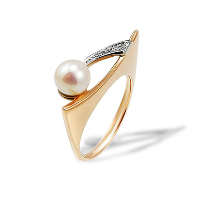 Pearl and Diamond Ring. Rose and White Gold