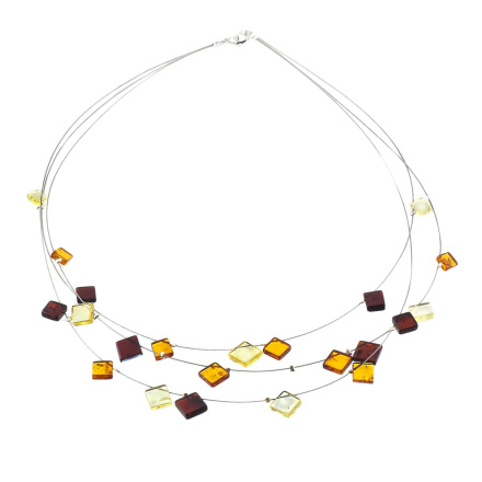Necklace With Amber Rhombs