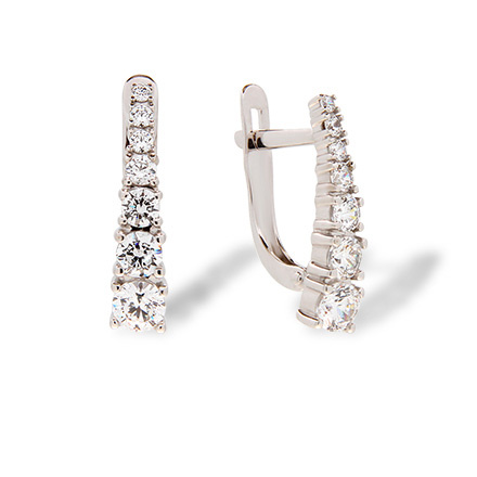 Graduated Swarovski CZ Leverback Earrings. Hypoallergenic 585 (14K) White Gold