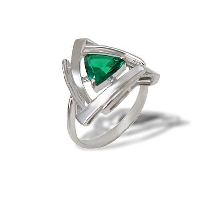 Emerald Russain silver ring