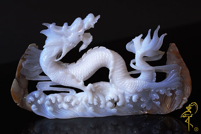 Blue agate dragon from the Carving Museum of the Golden Flamingo Jewelers