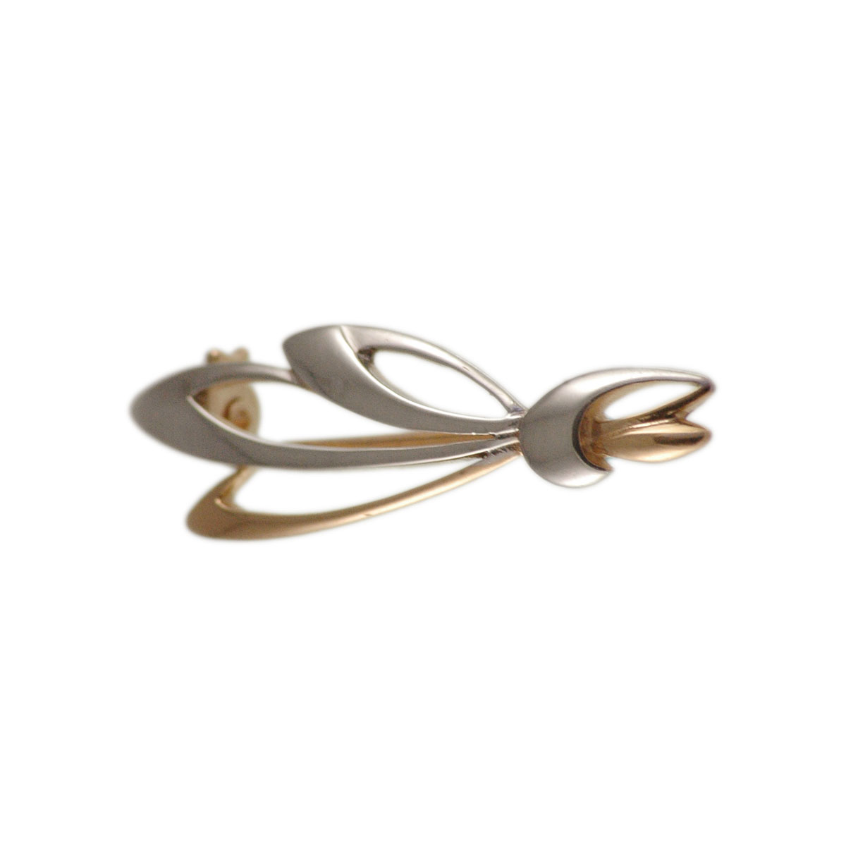 Rose and white gold brooch 1