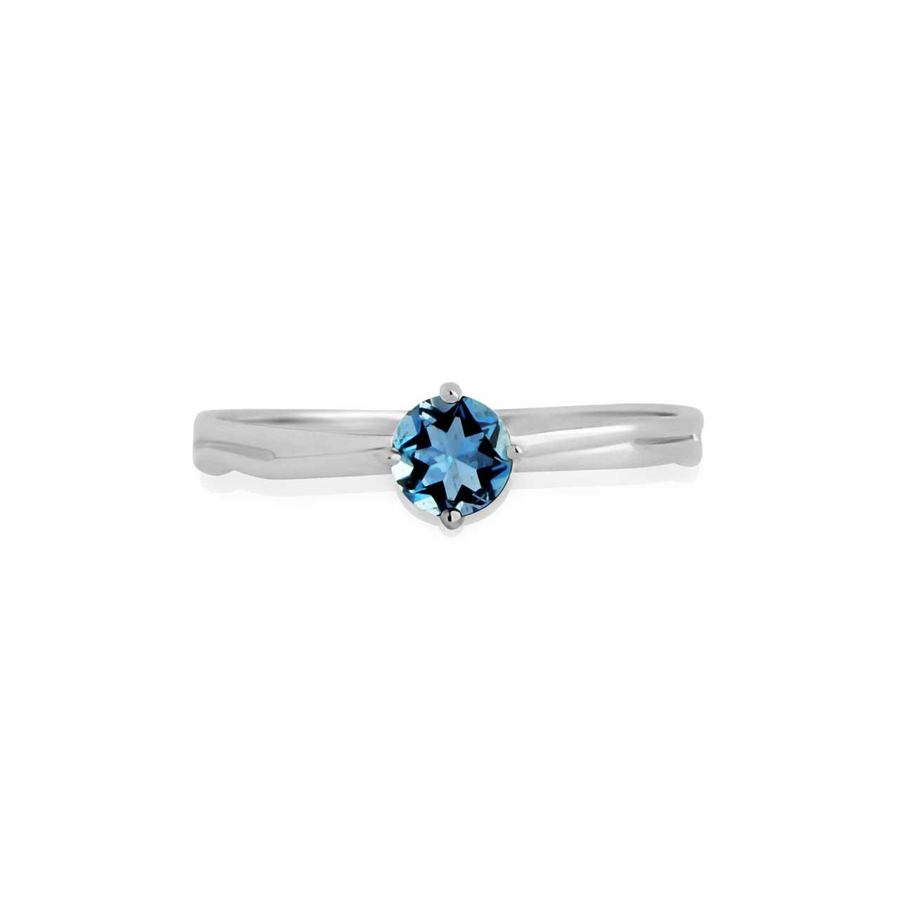 Aquamarine solitare ring 2