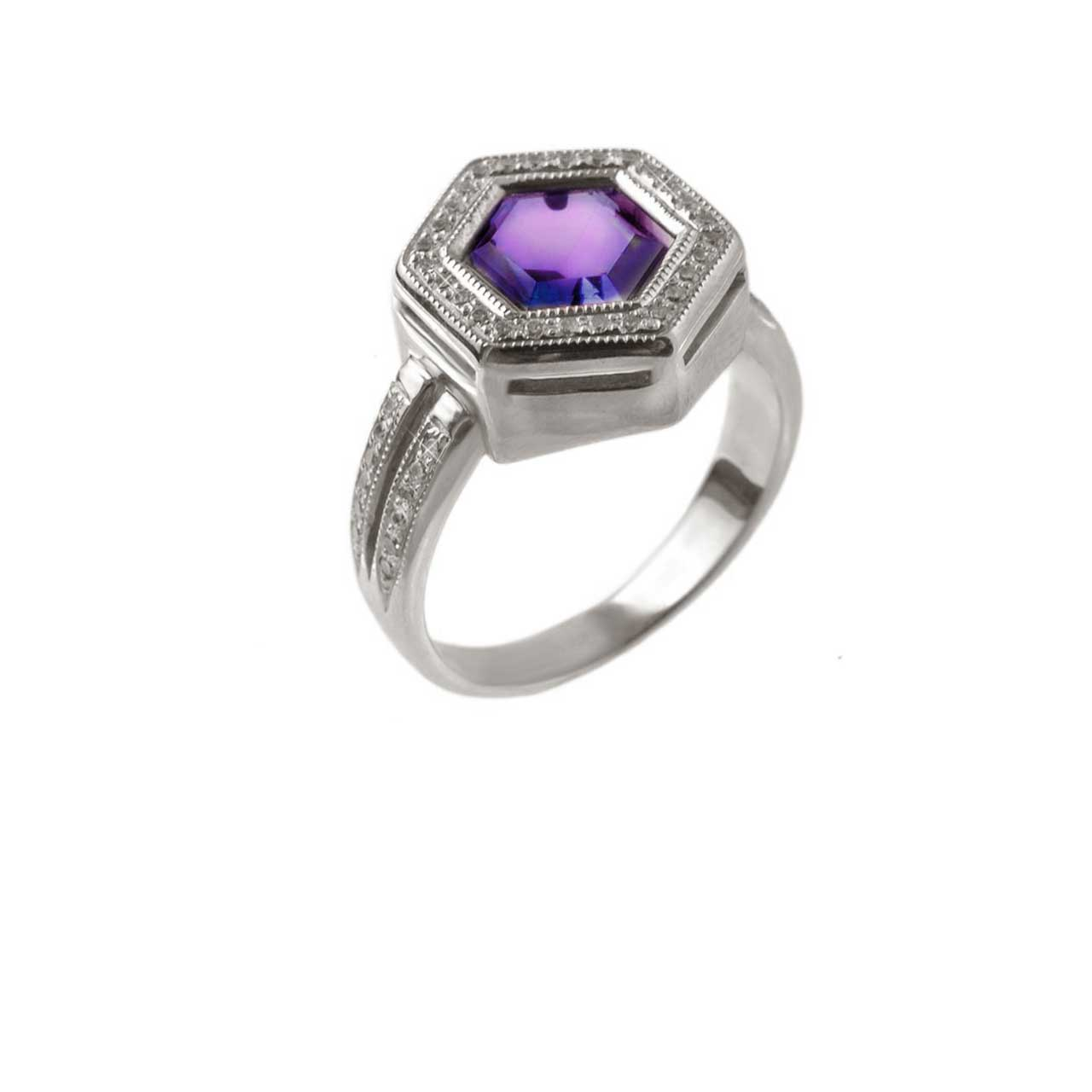 Amethyst gold hexagonal ring 1