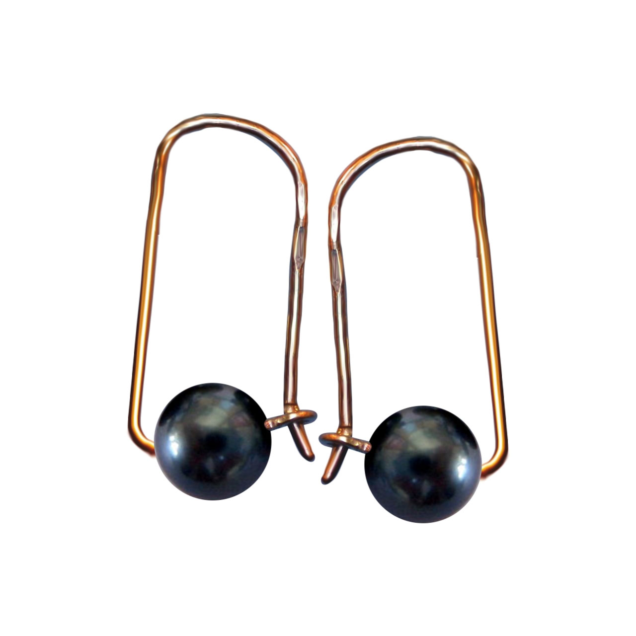 Black pearl earrings 1
