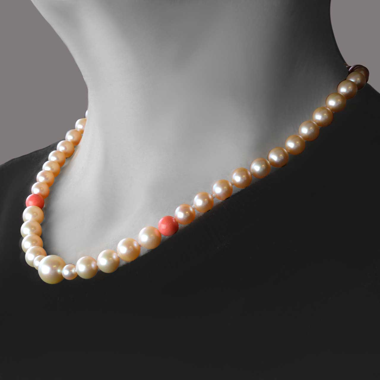 Peach pearl necklace 2