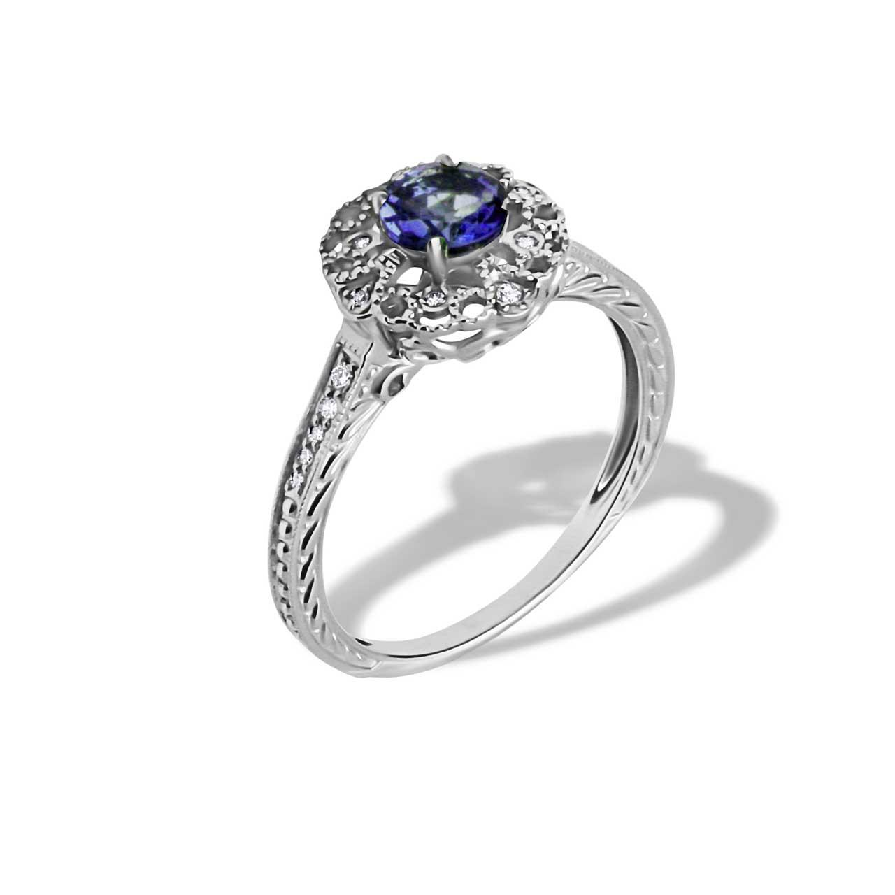 Sapphire engraved gold ring 1